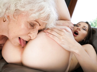 Young lady experiment new feeling with a horny granny.