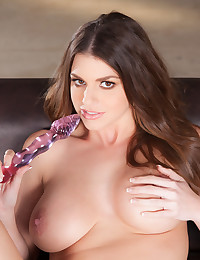 Brooklyn Chase plays with her big breasts and pink pussy